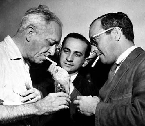 Ovalle com Otto Lara Resende e Vinicius de Moraes.